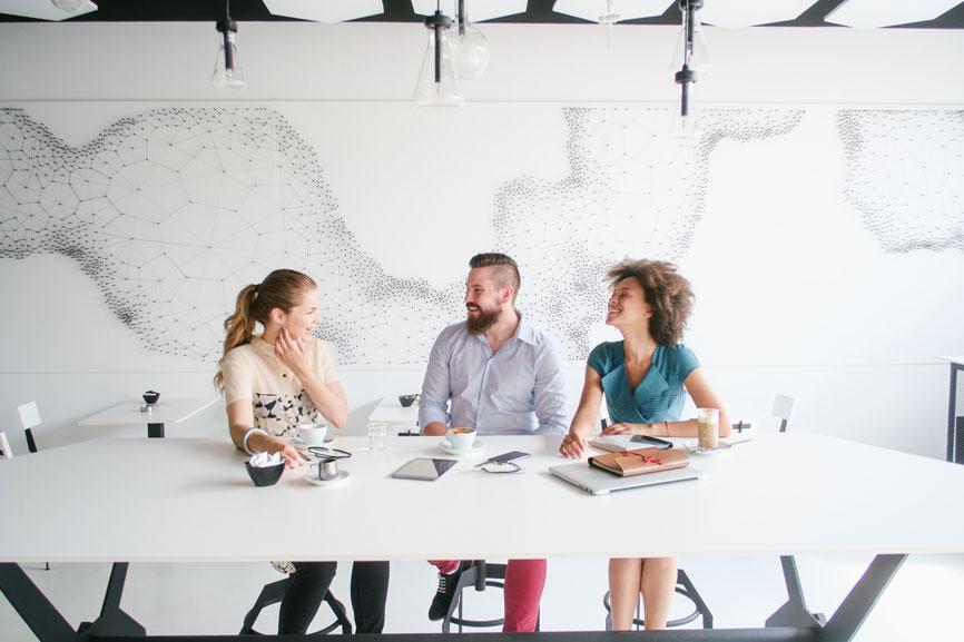 How-Insights-Power-Employee-Experience-Design.jpg